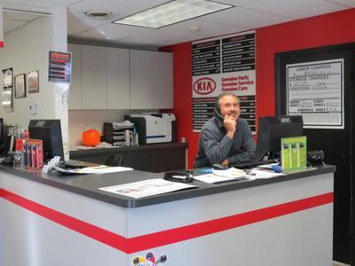 Executive Kia Image 6