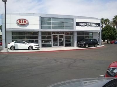Palm Springs Kia Image 6