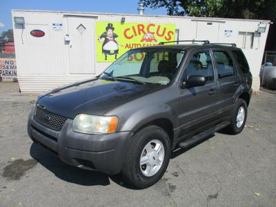 Ford Escape 2004 for Sale in Louisville, KY