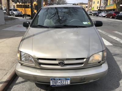 2000 Toyota Sienna LE for sale VIN: 4T3ZF13C7YU192705