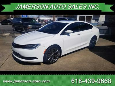 Chrysler 200 2016 for Sale in Benton, IL