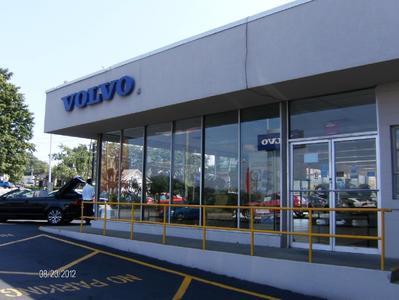 Hunter Volvo Cars Image 1