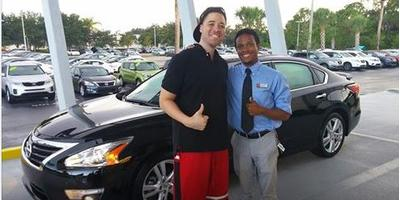 Sutherlin Nissan of Fort Pierce Image 3