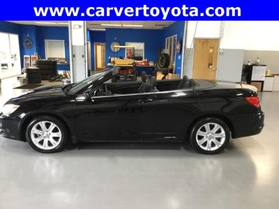 Chrysler 200 2012 for Sale in Taylorsville, IN