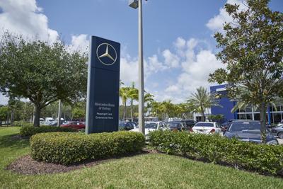 Mercedes-Benz of Delray Image 6