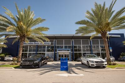 Mercedes-Benz of Delray Image 8