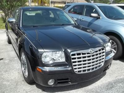 Chrysler 300C 2005 for Sale in Clearwater, FL