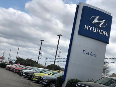 Five Star Hyundai Warner Robins Image 4