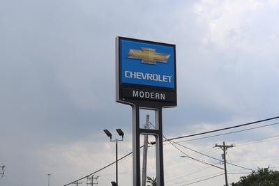 Modern Chevrolet Cadillac of Burlington Image 3