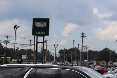 Modern Chevrolet Cadillac of Burlington Image 4