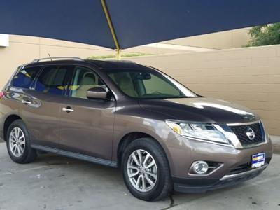 Nissan Pathfinder 2015 for Sale in Lafayette, LA