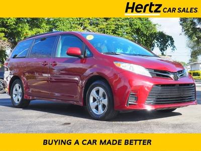Toyota Sienna 2018 for Sale in Fort Lauderdale, FL