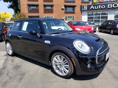 MINI Hardtop 2017 for Sale in Sherman Oaks, CA