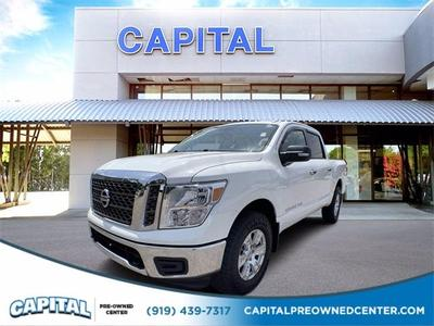 Nissan Titan 2018 for Sale in Raleigh, NC