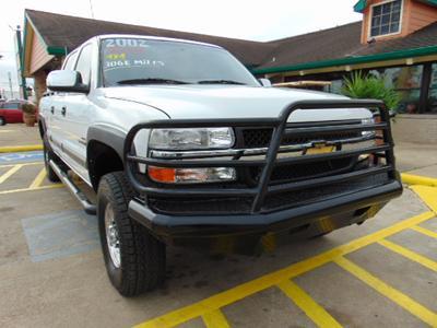 Chevrolet Silverado 2500 2002 for Sale in Houston, TX