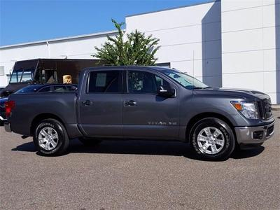 Nissan Titan 2019 for Sale in Tampa, FL