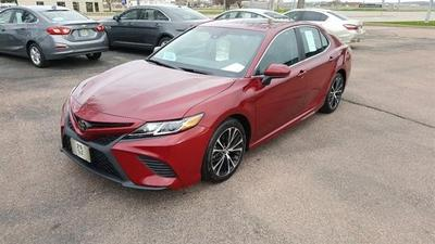 Toyota Camry 2018 for Sale in Sioux Falls, SD