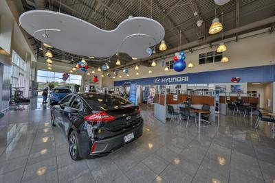 Larry H. Miller Hyundai Peoria Image 4