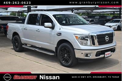 Nissan Titan 2017 for Sale in Granbury, TX