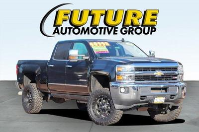 Chevrolet Silverado 2500 2016 for Sale in Sacramento, CA