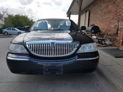 Lincoln Town Car 2011 for Sale in Grand Prairie, TX