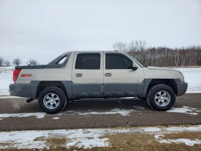 Chevrolet Avalanche 2002 for Sale in Milaca, MN