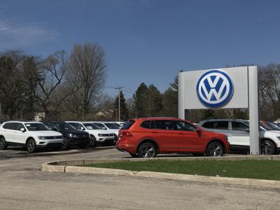 Volkswagen of Mount Prospect Image 3