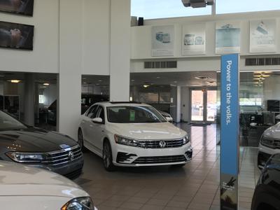 Volkswagen of Mount Prospect Image 5