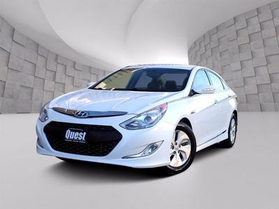 Hyundai Sonata Hybrid 2015 for Sale in Omaha, NE