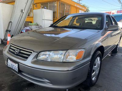 Toyota Camry 2000 for Sale in Los Angeles, CA