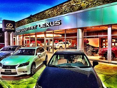 Lexus of Westport Image 3