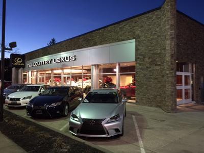 Lexus of Westport Image 5