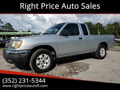 Nissan Frontier 2000 for Sale in Waldo, FL