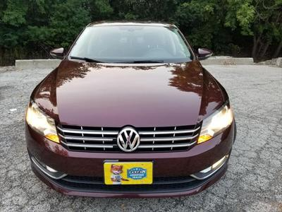 Volkswagen Passat 2012 for Sale in Glenview, IL