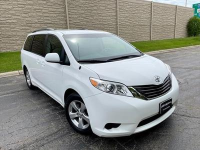 Toyota Sienna 2014 for Sale in Rolling Meadows, IL