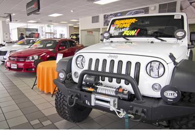 Jones Chrysler Dodge Jeep Ram Image 7