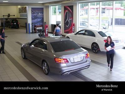 Mercedes-Benz of Warwick Image 1