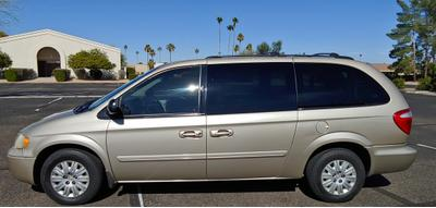 Chrysler Town & Country 2006 for Sale in Sun City, AZ