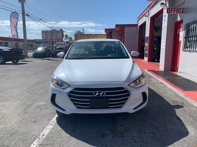 Hyundai Elantra 2017 for Sale in Miami, FL