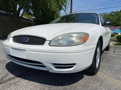 Ford Taurus 2004 for Sale in Louisville, KY