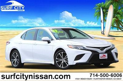 Toyota Camry 2020 for Sale in Huntington Beach, CA