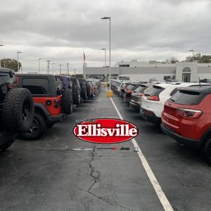 David Taylor Ellisville Chrysler Dodge Jeep RAM Image 3