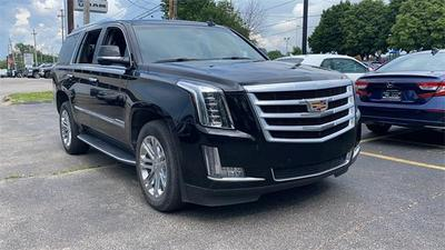 Cadillac Escalade 2016 for Sale in Willoughby, OH