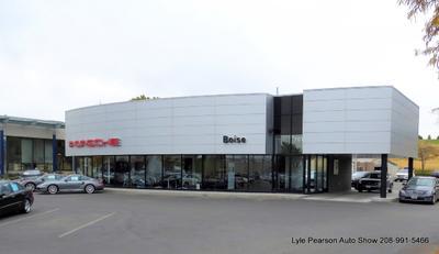 Lyle Pearson Land Rover Jaguar Volvo Cars Acura & Porsche Image 8