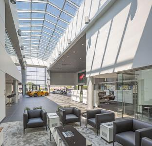 Porsche Littleton, a Stevinson dealership Image 5