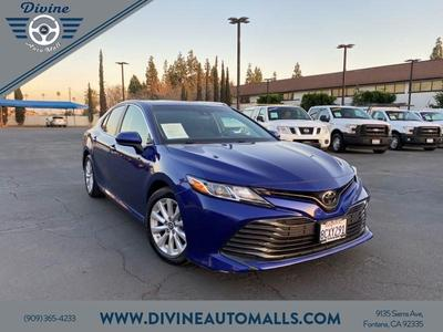 Toyota Camry 2018 for Sale in Fontana, CA