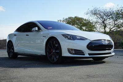 Tesla Model S 2015 for Sale in Upland, CA