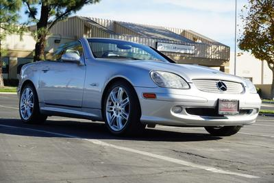 Mercedes-Benz SLK-Class 2004 for Sale in Upland, CA