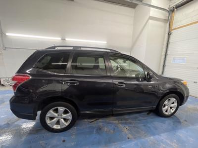 Subaru Forester 2015 for Sale in Minneapolis, MN