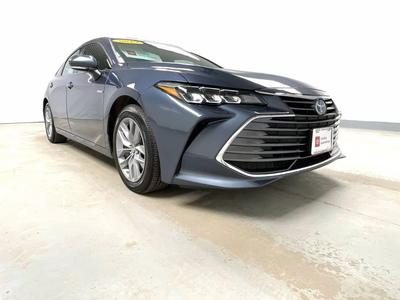 Toyota Avalon Hybrid 2019 for Sale in Swanzey, NH